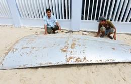 Khánh Hòa: Ngư dân vớt được vật thể nghi là mảnh vỡ máy bay