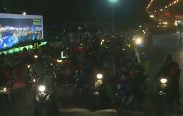 Hàng ngàn người tại TP.HCM về quê ăn Tết bằng xe máy