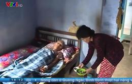 Cảm thương cuộc sống khốn khó của người phụ nữ làng biển bị ung thư