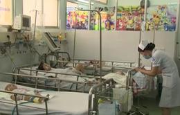 TP.HCM: Gia tăng trẻ mắc viêm màng não thời điểm giao mùa