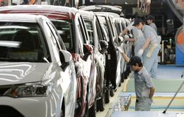 Việt kiều hồi hương sẽ không còn được miễn thuế ô tô, xe máy