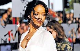 Rihanna hạnh phúc khi được nhận giải thưởng mang tên Michael Jackson