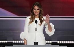 Bài phát biểu của vợ tỷ phú Donald Trump - Tâm điểm bàn luận của dư luận Mỹ