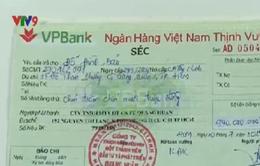 """TP.HCM: Xử lý ngay vụ """"bốc hơi"""" 26 tỷ đồng trong tài khoản ở VPBank"""