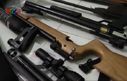 Liên tiếp phát hiện 2 vụ tàng trữ vũ khí trái phép tại Bình Dương