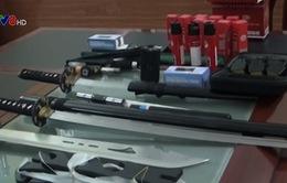 """Bắt đối tượng tàng trữ vũ khí """"nóng"""" tại Đà Nẵng"""