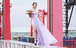 """Catwalk ở độ cao 15m, 6 thí sinh """"hết cửa"""" vào nhà chung Vietnam's Next Top Model 2016"""