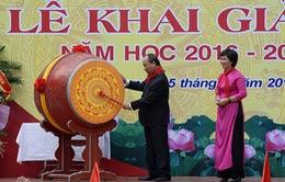 Thủ tướng đánh trống khai giảng năm học mới tại trường Nguyễn Đình Chiểu