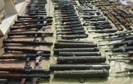Romania điều tra thông tin về nạn buôn lậu vũ khí từ Ukraine