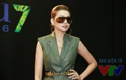 Thanh Hằng khoe chân dài miên man trong buổi casting Next Top Model tại Hà Nội