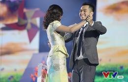 Phạm Hồng Phước lãng mạn, tưới hoa, khiêu vũ với Văn Mai Hương