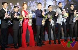 Trương Ngọc Ánh được dàn trai đẹp hộ tống ra mắt phim
