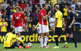 Thua Watford, Mourinho đổ tại trọng tài và… may mắn