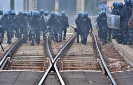 Áo điều thêm 50 cảnh sát giám sát khu vực biên giới với Italy