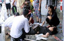 Quảng Ninh: Xe khách đâm vào dải phân cách, 8 người bị thương