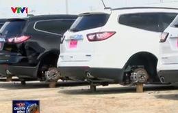 Hàng chục xe hơi mới tại Mỹ bị trộm tháo hết bánh