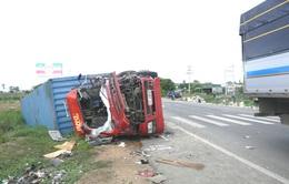 Bình Thuận: Xe tải đối đầu container, 2 người thiệt mạng