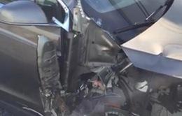 Thêm một vụ tai nạn với xe ô tô tự lái Tesla