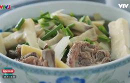 Thưởng thức đặc sản dân tộc Tày: Canh đao nấu xương