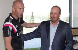 Rafa Benitez nhận mức đền bù gấp 4 lần lương Zidane