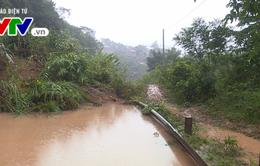 Quảng Trị: Nhiều vùng vẫn bị chia cắt do ngập nước, sạt lở
