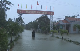 Vùng ven Đà Nẵng ngập sâu trong nước lũ