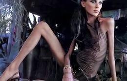 """Tuần lễ thời trang Paris 2107: Người mẫu """"siêu gầy"""" không còn đất diễn"""
