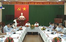 Phó Thủ tướng Trịnh Đình Dũng làm việc với Tỉnh ủy Quảng Ngãi