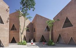 Độc đáo ngôi trường nổi bật với họa tiết tam giác