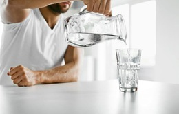 Bạn thường xuyên bị háo nước có thể vì những lý do đáng lo ngại này
