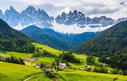 Dolomites - Thiên đường ẩn mình giữa sau rặng núi Alps