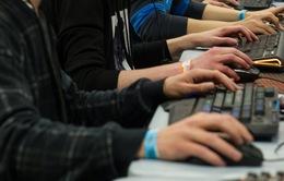 Thị trường máy tính cá nhân tiếp tục sụt giảm