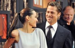 Brad Pitt không cùng Angelina Jolie đến Campuchia