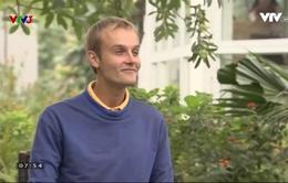Café sáng với VTV3: Gặp phượt thủ dành 9 năm đi bộ vòng quanh thế giới