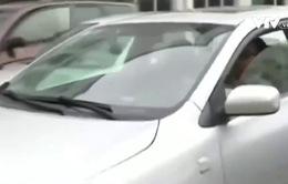 Bé gái 4 tuổi thoát khỏi bắt cóc nhờ tài xế nhanh trí