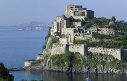 Italy ban bố tình trạng khẩn cấp sau trận động đất ở đảo Ischia