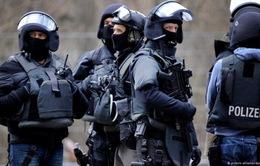 Đức bắt giữ 4 người Syria với cáo buộc khủng bố