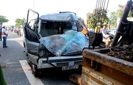 Xe khách chở gỗ gây tai nạn ở Quảng Nam hết hạn sử dụng