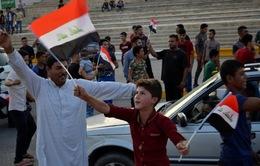 Người dân Iraq ăn mừng chiến thắng tại Mosul
