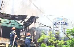 Cháy nhà trên phố Yên Thế, Hà Nội