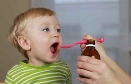4 lưu ý khi sử dụng kháng sinh cho trẻ