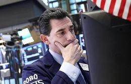Chứng khoán Mỹ giảm mạnh trước khả năng chính phủ đóng cửa