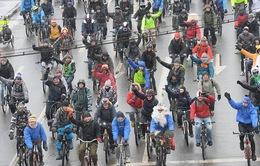 Nga: Diễu hành bằng xe đạp dưới giá lạnh -29 độ C