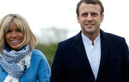 Pháp: Hơn 200.000 người phản đối lập vị trí Đệ nhất phu nhân