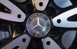 Mercedes-Benz trở thành nhà sản xuất xe hơi hạng sang hàng đầu thế giới