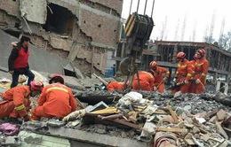Sập 3 tòa chung cư ở Trung Quốc
