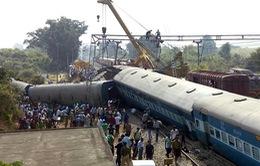 Ấn Độ: 39 người thiệt mạng trong vụ xe lửa trật đường ray