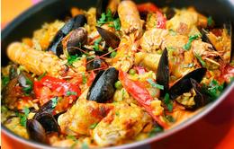 Vào bếp thử sức với món cơm cháy hải sản Paella