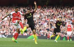 Vất vả cầm hòa Man City, Arsenal chưa thể tới gần top 4