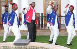 Tổng thống Kenya nhảy để kêu gọi thanh niên tham gia bầu cử